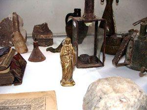 Konya da tarihi eser kaçakcılarına operasyon yapıldı