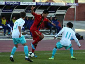 Genç Milliler Konyadaki hazırlık maçını kaybetti