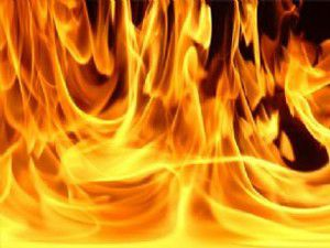 Konyada saman yangını