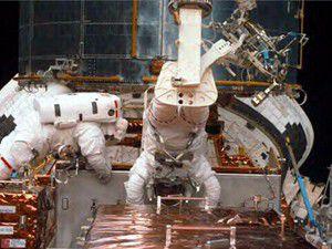 Açık uzayda 7 saat yürüdüler