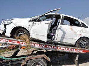 Otomobil şarampole yuvarlandı 1 ölü 4 yaralı
