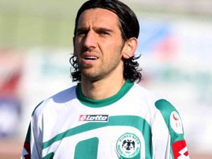 Konyaspor Bolu galibiyetine seviniyor