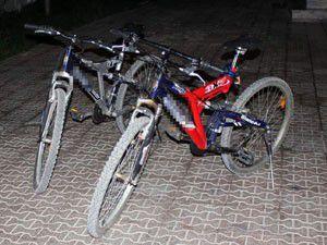 Arkadaşıyla gezmek için bisiklet çalmış
