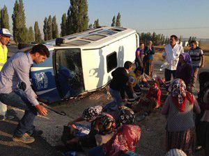 Konyada trafik kazası: 1 ölü, 10 yaralı