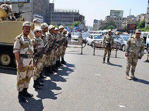 Mısırda darbe karşıtlarına gözaltı