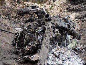 Düşürülen helikopterin enkazı