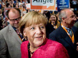 Almanyada halk sandık başında