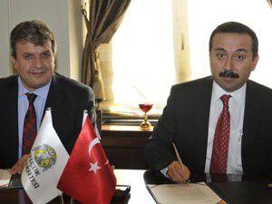 Azerbaycan ve Türkiye bir millet iki devlettir