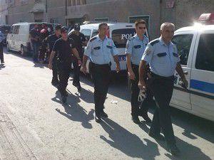 Konyada 400 polisle ruhsatsız silah baskını