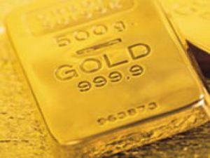 Altın zirveye tırmandı