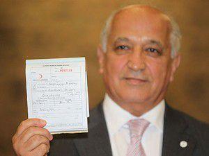 Başbakandan Kızılaya kurban bağışı