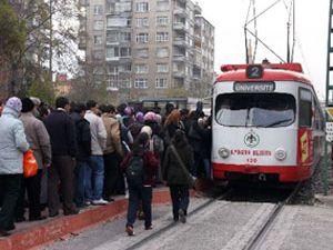 Yeni tramvaylar yolda..