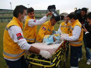Yanarak yaralanan bebek helikopterle hastaneye kaldırıldı