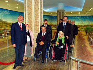 AKYÜREK, engelli temsilcileriyle görüştü