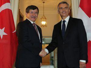 """""""Türkiye takdiri hak ediyor"""""""
