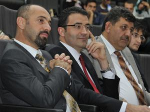 """""""Üniversite-Sanayi İşbirliğinin Geliştirilmesi"""" konferansı"""