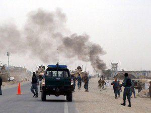 Afganistanda bayram namazında bombalı saldırı