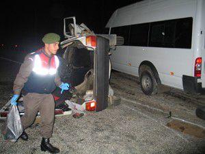 Konyada trafik kazası: 2 ölü, 9 yaralı
