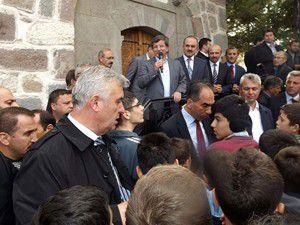 Davutoğlu Seydişehirde vatandaşlarla bayramlaştı