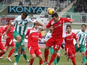 Konyaspor çok sevineceği bir galibiyet aldı