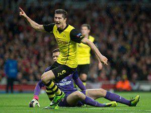 Mesutlu Arsenal gülemedi