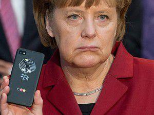 Der Spiegel: Merkel 2002den beri dinleniyor