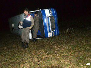Düğün dönüşü kaza 14 yaralı