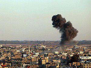 İsrailden Gazzenin güneyine hava saldırısı