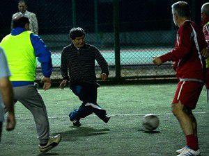 Davutoğlu ve Şükür ikilisi galibiyeti getiremedi!