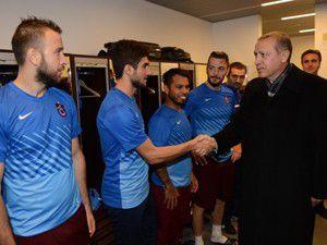 İlk tebrik Başbakan Erdoğandan