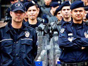 Meclise polisten yüzlerce dilekçe!