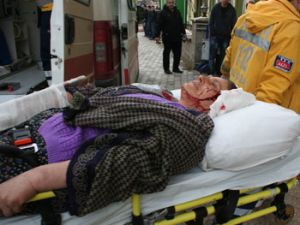Komşular arası kavgada 4 kadın yaralandı