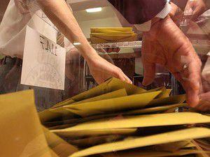 Türk seçmenler için Almanyada sandık hazırlığı