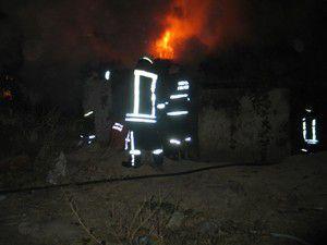 Konyada boş evde yangın çıktı!