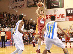 Torku Selçuk Galatasaraya direnemedi