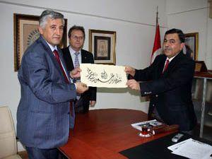 Tacikistan yazma eserleri değiştirmek istiyor