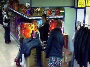 Konyada marketten hırsızlık