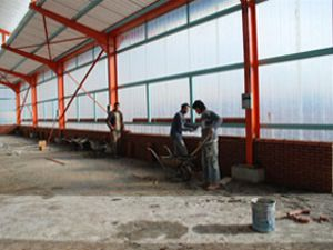 Karatay da Pazar market inşaatlarında sona gelindi