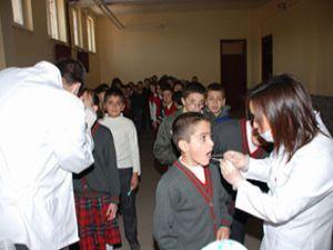 Meram dan öğrencilere sağlık kontrolü