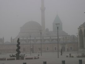 Konyada sis etkili oldu...