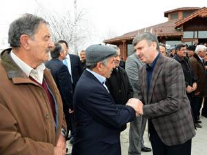 Başkan Akyürek belde ziyaretlerini sürdürüyor