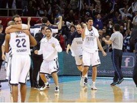 Anadolu Efes galibiyet serisinden memnun