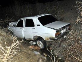 Alkollü sürücü otomobille kanala düştü