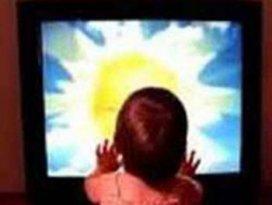 Üzerine televizyon düştü...Öldü...