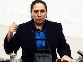 Eronat: AK Parti bir kadın hareketidir