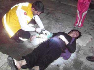 Polis Kadınları ancak gazla ayırabildi