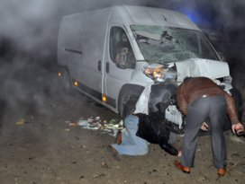 Konyada iki minibüs çarpıştı!