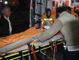 3.kattan düşen kız hastaneye kaldırıldı