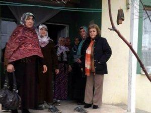 AK Parti Kadın Kolları Mahalle Toplantıları sürüyor