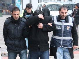 Uyuşturucu baskınında 65 gözaltı